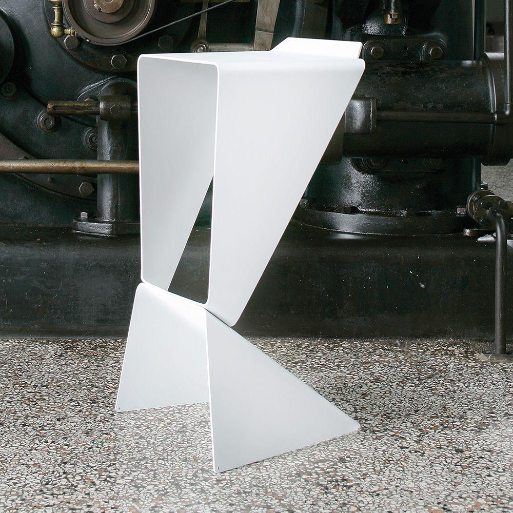 Icon sgabello di design b line altezza seduta 74 cm for Sgabelli di design