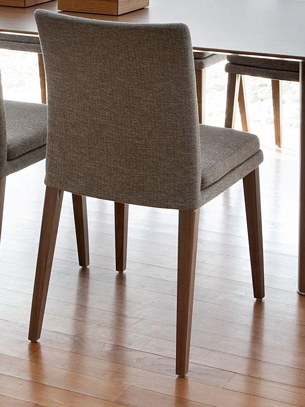 ensemble moderner stuhl von tonon gepolstertes holz verschiedene farben sediarreda. Black Bedroom Furniture Sets. Home Design Ideas
