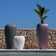 Skin - Vase made of technopolymer, different colours and sizes available, also for outdoor and with light system