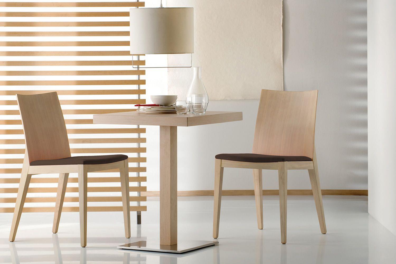 Twig 429 chaise pedrali en bois de ch ne ou h tre et for Chaise sejour but