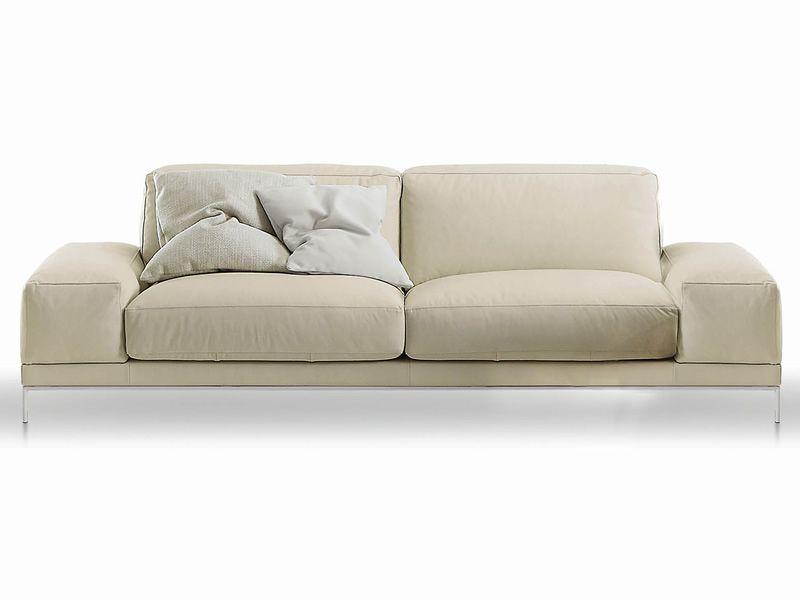 canap design 2 places 3 places ou 3 places xl avec des accoudoirs bas diff rents rev tements. Black Bedroom Furniture Sets. Home Design Ideas