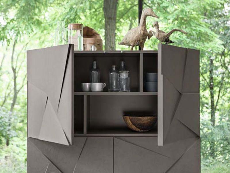 Concrete l meuble s jour dall 39 agnese en m tal et en for Meuble sejour gris