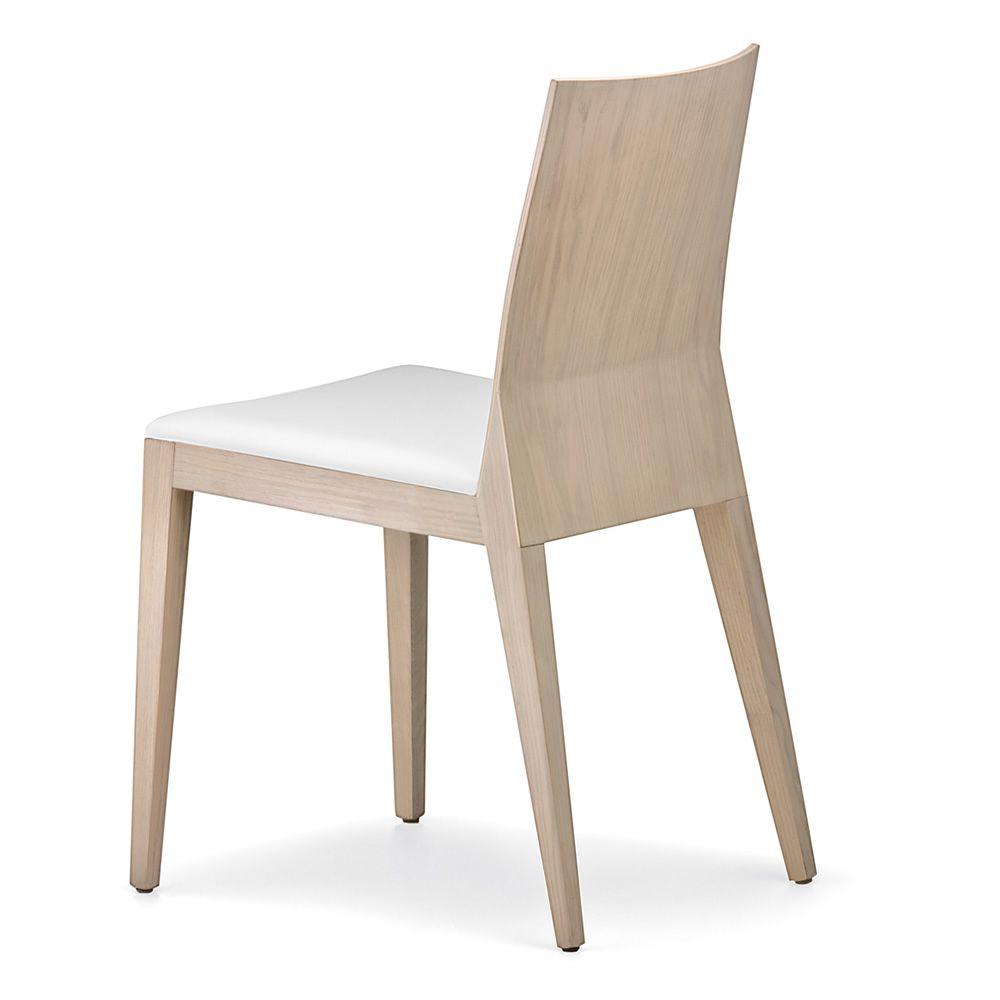 Twig 429 sedia pedrali in legno di rovere o di faggio for Sedia design bianca