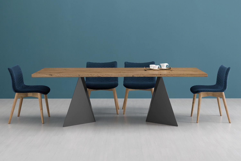 Fenice l sedia domitalia in legno seduta rivestita in for Tavolo rotondo legno chiaro
