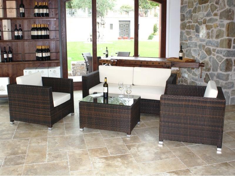 KIT ESTERNO 10 - Set da giardino in alluminio e simil rattan: divano, 2 poltrone e tavolino ...
