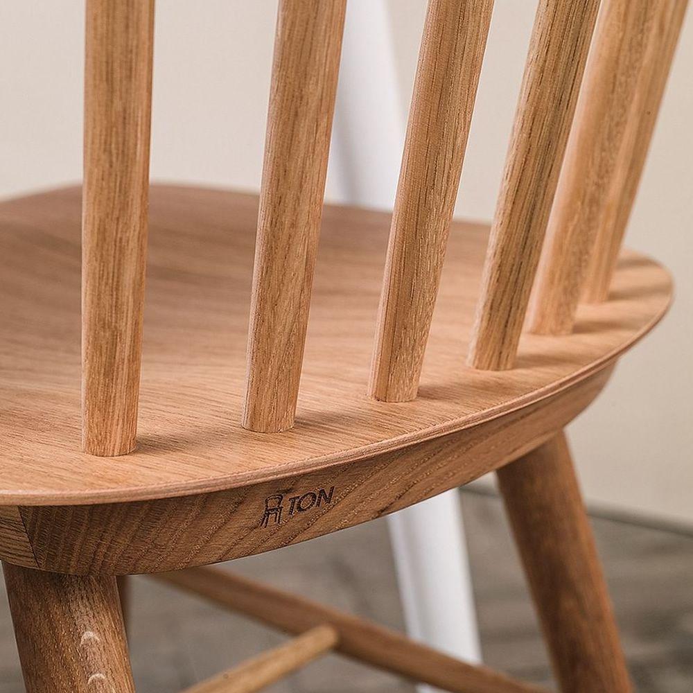 Ironica - Sedia Ton in legno di rovere - Sediarreda