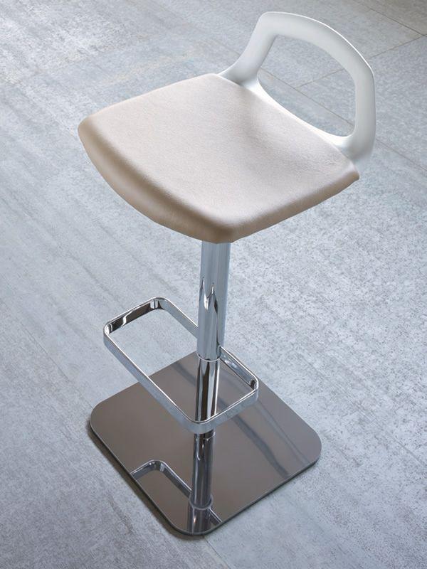 pop s pour bars et restaurants tabouret moderne pour bar. Black Bedroom Furniture Sets. Home Design Ideas