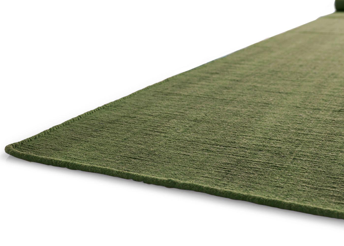 7144 very flat alfombra rectangular calligaris de lana for Alfombra verde para jardin