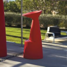 Voilà - Sgabello Slide in polietilene, diversi colori, anche con luce e per giardino