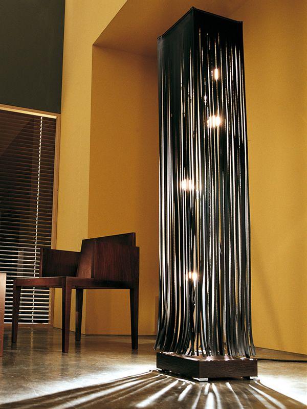 Conosciuto Frange - Lampada di design da terra in cuoio e legno, in diversi  OZ23