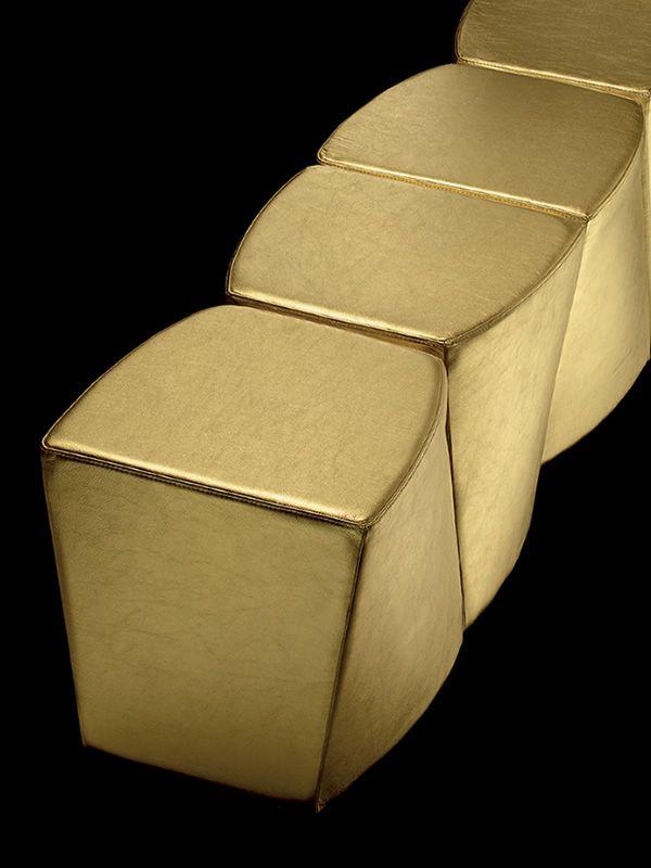 boom f r bars und restaurants pouf f r bar aus. Black Bedroom Furniture Sets. Home Design Ideas