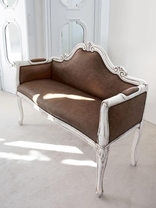 1574 fenice klassisches sofa mit holzrahmen von tonin casa verschiedene farben und bez ge. Black Bedroom Furniture Sets. Home Design Ideas