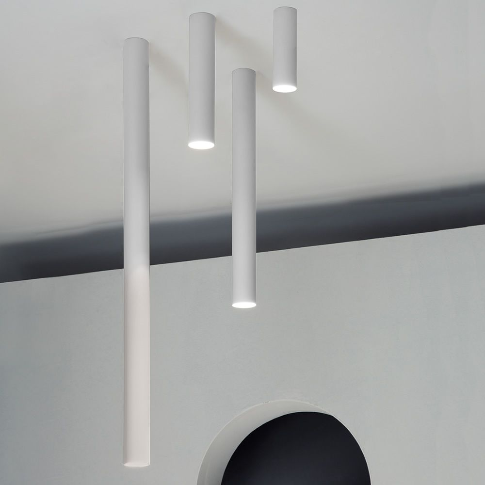 A tube lampada a soffitto di design in metallo led for Illuminazione led a soffitto