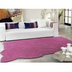 Chic - Design rug by Natalia Pepe