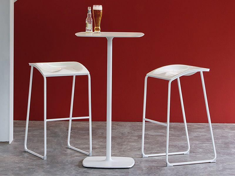 arod 500 moderner hocker pedrali aus metall mit. Black Bedroom Furniture Sets. Home Design Ideas