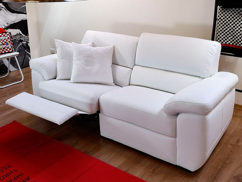 Smart Relax | Divano con una postazione recliner