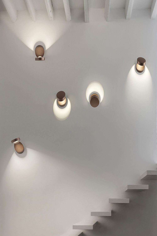 Pin-Up - Lampada a parete di design, orientabile, in metallo, con ...