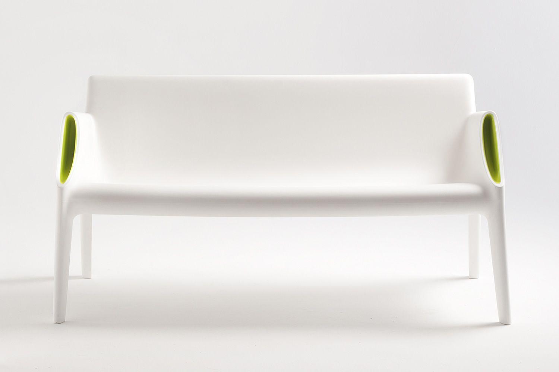 magic hole sofa canap design kartell en poly thyl ne pour jardin 2 places disponible en. Black Bedroom Furniture Sets. Home Design Ideas