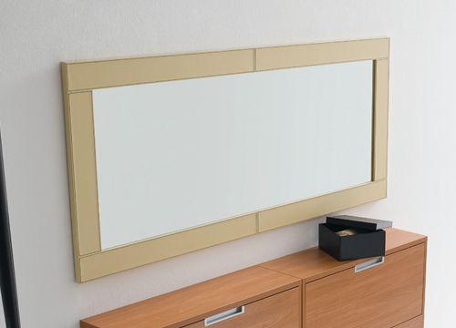 cinquanta c moderner spiegel mit rahmen aus kunstleder verschiedene farben und gr en sediarreda. Black Bedroom Furniture Sets. Home Design Ideas
