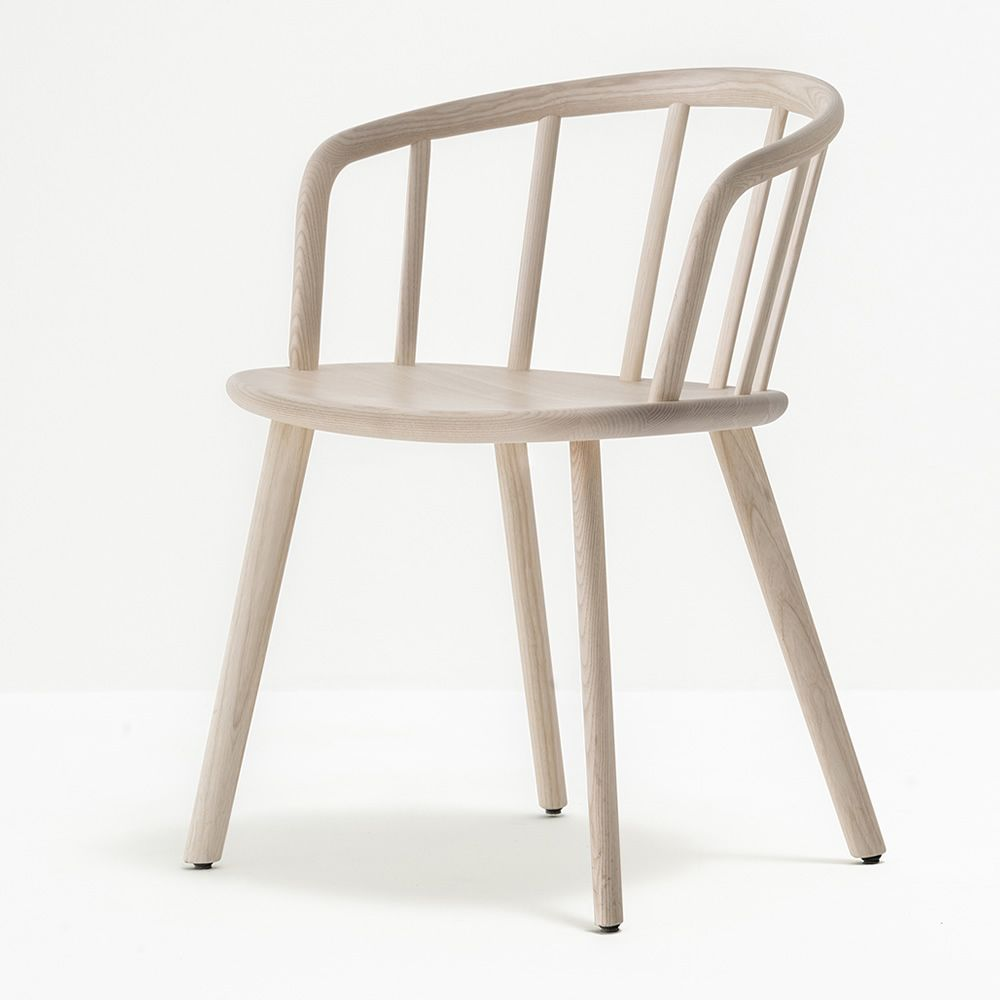 nym 2835 designer stuhl pedrali aus massivem eschenholz mit armlehnen sediarreda. Black Bedroom Furniture Sets. Home Design Ideas