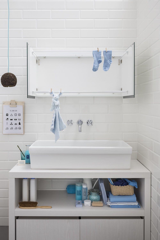 Acqua e sapone c mobile bagno con lavabo e cassettoni - Mobile bagno con portabiancheria ...