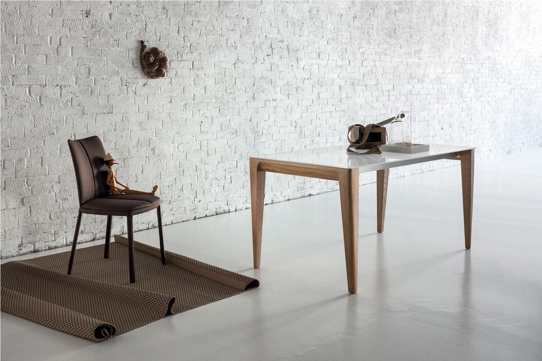 Anassimene: Moderner Holztisch, fest oder verlängerbar, mit Tischplatte aus Glas, in ...