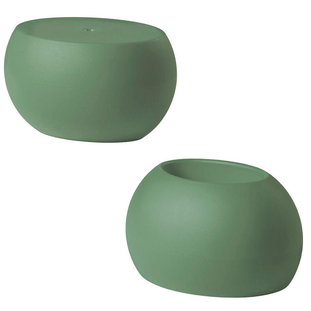 blos low table pot beistelltisch vase zeitungsst nder slide aus polyethylen in. Black Bedroom Furniture Sets. Home Design Ideas