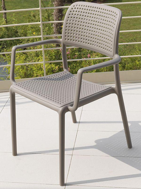 bora harz sessel mit glasfaser stapelbar verschiedene farben auch f r garten sediarreda. Black Bedroom Furniture Sets. Home Design Ideas