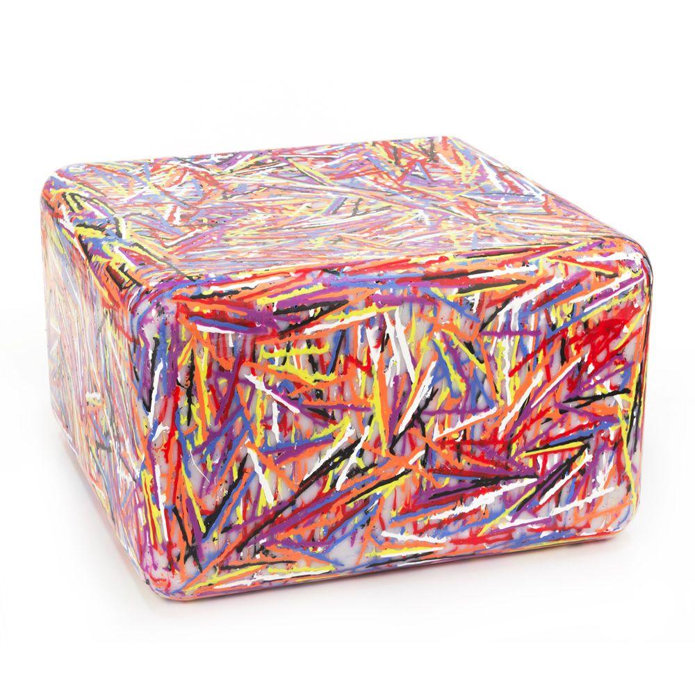 Zoe plus pouf aus kunststoff auch f r den garten sediarreda for Kunststoff tiere fur garten