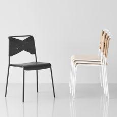Torso - Chaise empilable en métal, assise en plaqué et dossier avec revêtement en cuir, en différentes couleurs