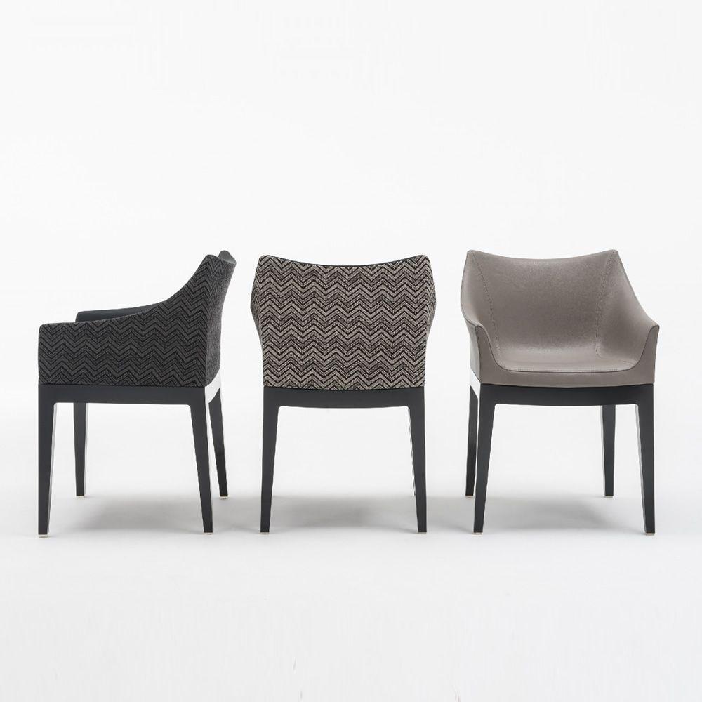 madame petit fauteuil design kartell en polycarbonate assise rembourr e disponible en. Black Bedroom Furniture Sets. Home Design Ideas