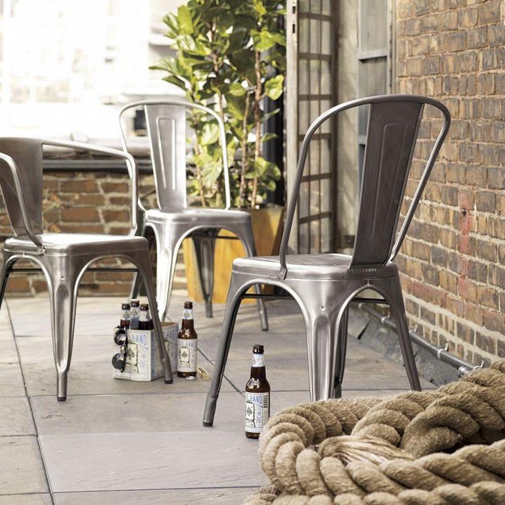 A chair out sedia tolix di design in metallo impilabile for Sedia di design