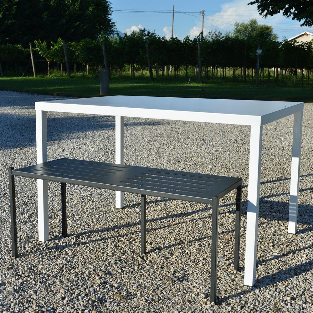 Tavoli Metallo Per Esterno.Rig72tp Tavolo In Metallo Impilabile Diverse Misure Disponibili