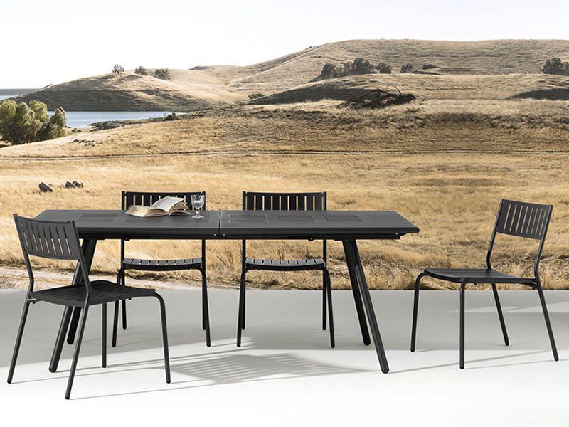 Bridge t table emu en m tal disponible en diff rentes for Chaise a trou