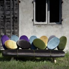 Jelly - Design sofa by Adrenalina, available in 2 or 3 places