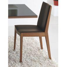 611 - Sedia in legno, seduta imbottita e rivestita in similpelle marrone moka