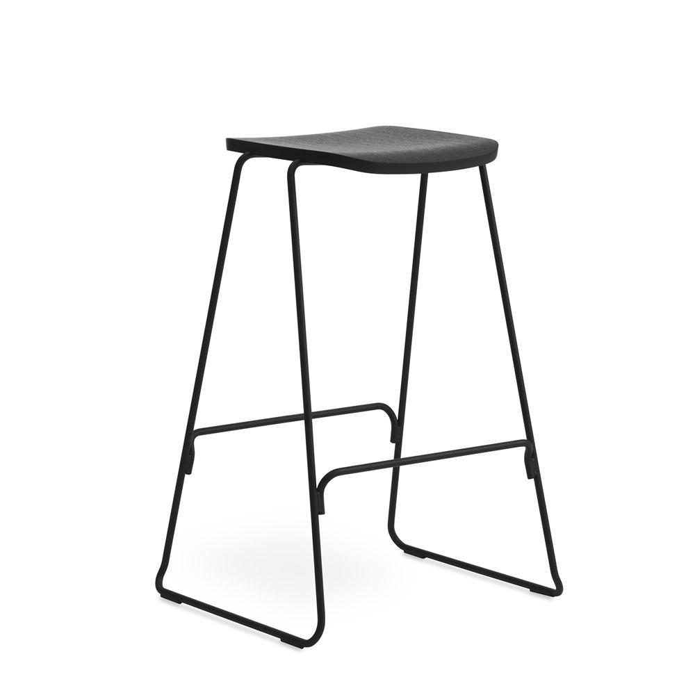 just sg f r bars und restaurants hocker aus metall sitz aus furnierholz in verschiedenen. Black Bedroom Furniture Sets. Home Design Ideas