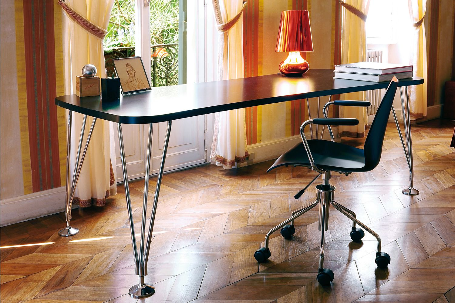 Max design kartell table desk in steel and laminated wood with