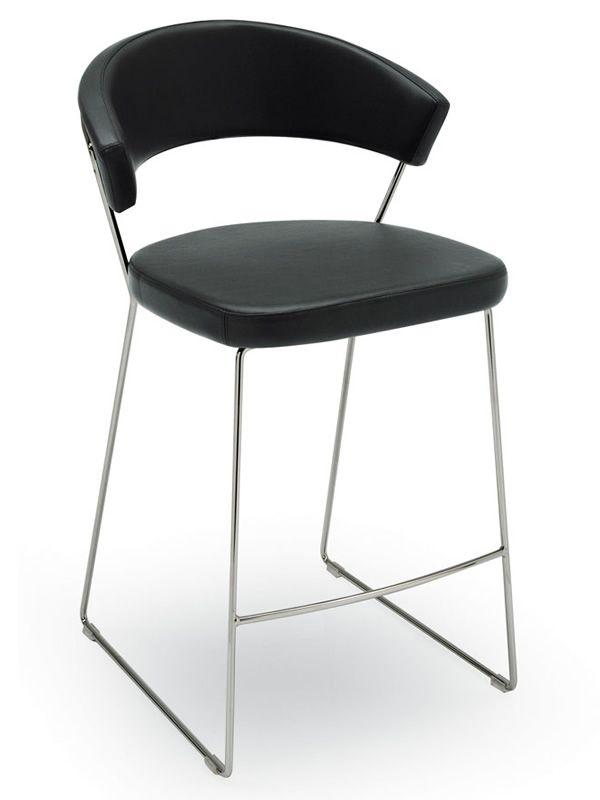 cb1087 new york f r bars und restaurants barhocker aus metall mit bezug aus leder oder. Black Bedroom Furniture Sets. Home Design Ideas