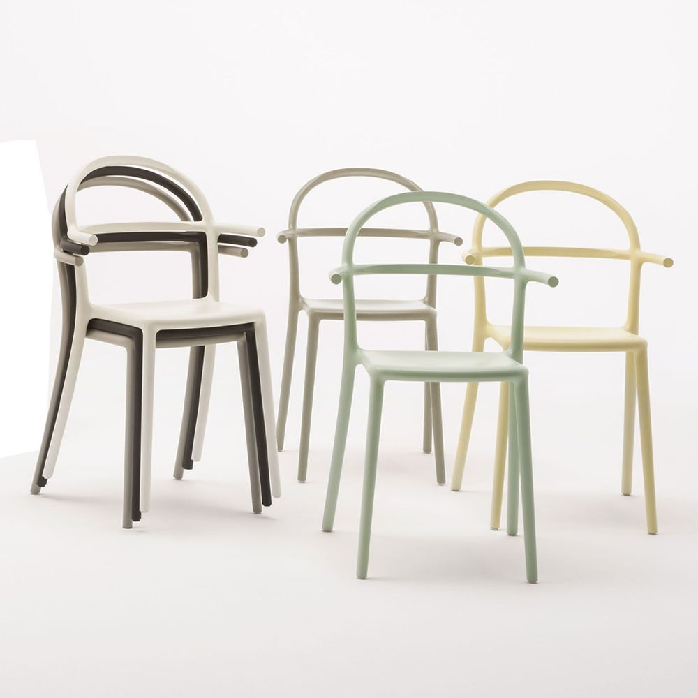 Generic c sedia kartell di design in polipropilene for Sedie design kartell