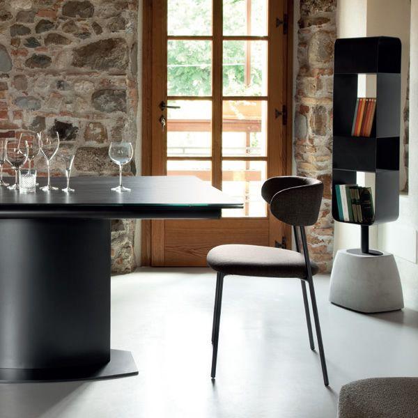 urban b b cherregal domitalia aus stahl und zement. Black Bedroom Furniture Sets. Home Design Ideas