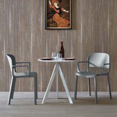 Dome - Sedia moderna in polipropilene, impilabile, con o senza braccioli, anche per esterno