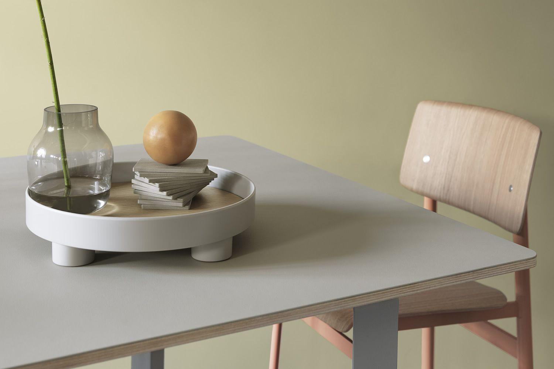 70 70 tavolo muuto in alluminio piano in impiallacciato 170 x 85