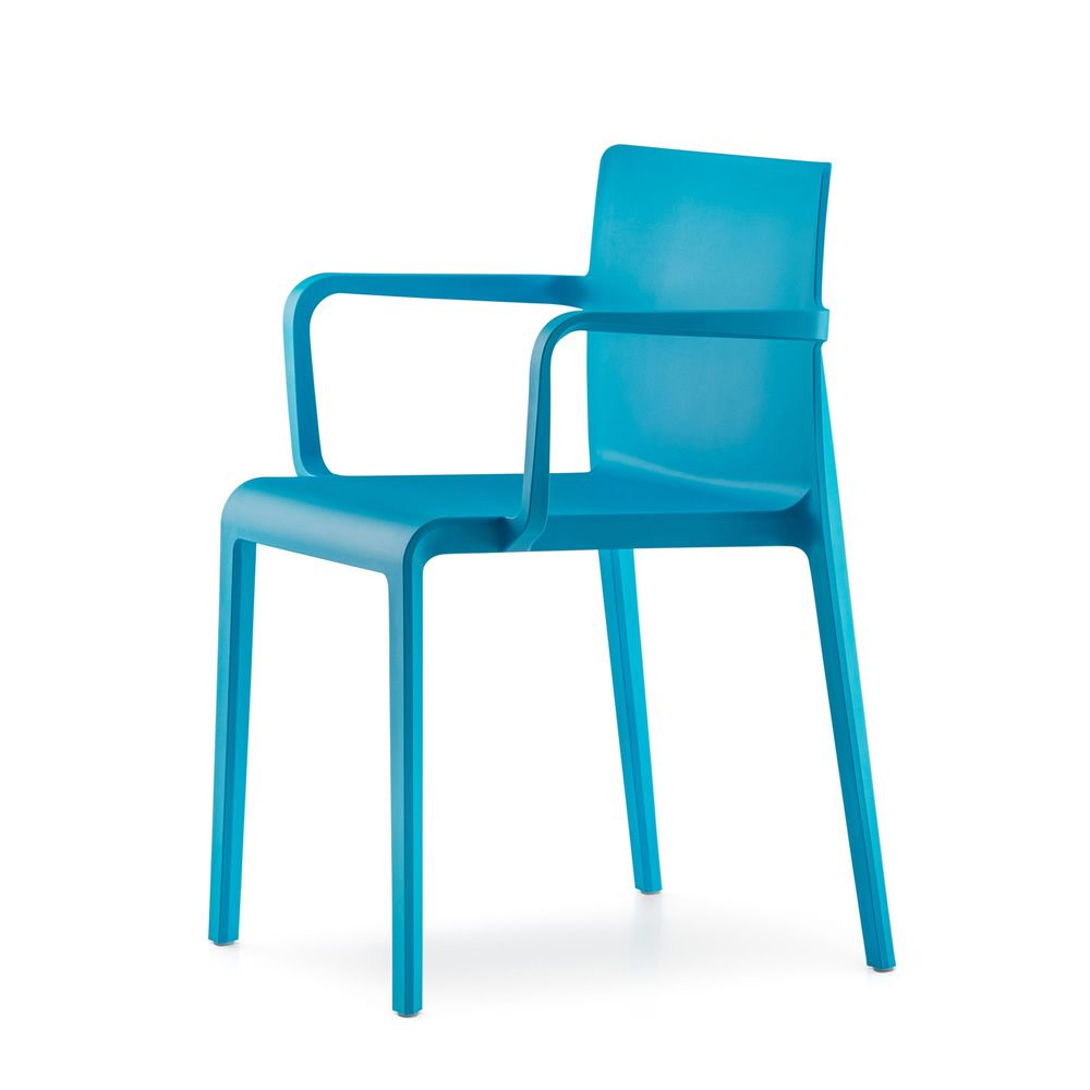 Volt 675: Pedrali armchair in polypropylene, stackable, also for ...