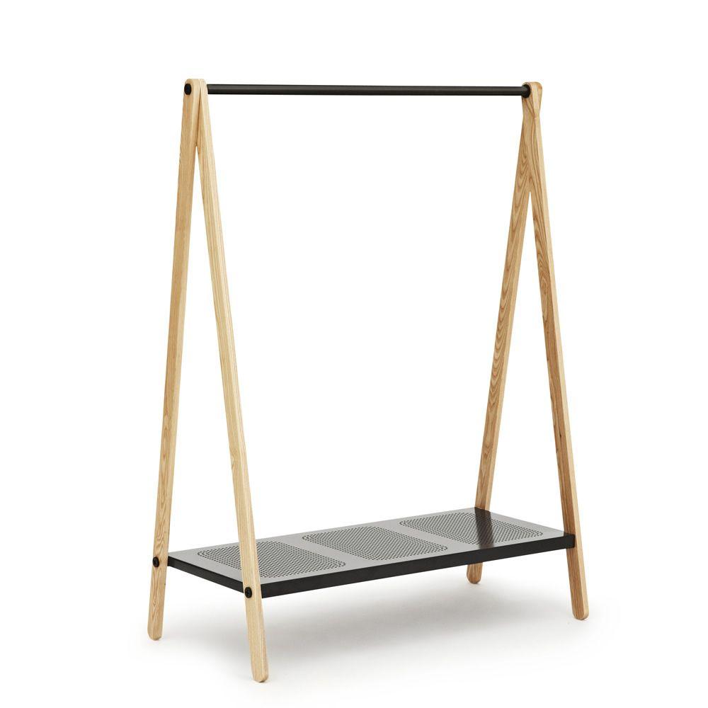 toj portemanteau normann copenhagen en bois et en m tal disponible dans diff rentes couleurs. Black Bedroom Furniture Sets. Home Design Ideas