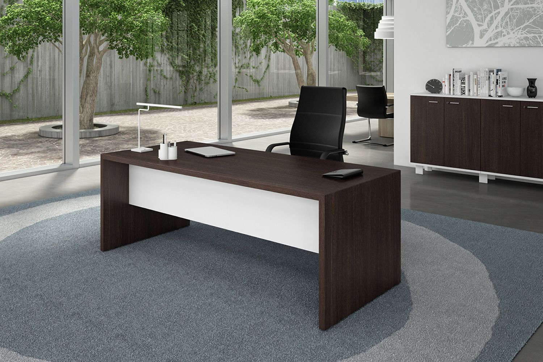 T desk scrivania moderna da ufficio in laminato disponibile