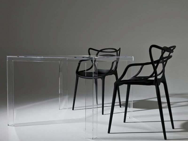 Invisible Table: Design Kartell table, in polymer, 100x100 cm ...