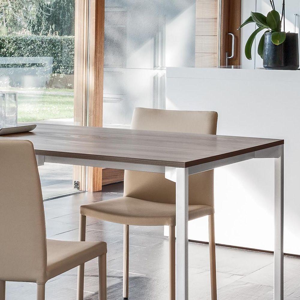 Pure 8072 tavolo allungabile tonin casa in metallo con piano in nobilitato diverse misure e - Tavolo con sedie diverse ...