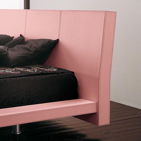 Euclide moderna cama de madera y revestida en cuero - Camas de cuero ...