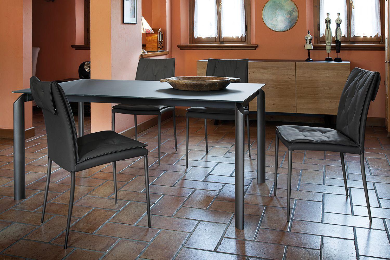 Energy 160 mesa domitalia en metal disponible con varias for Mesa extensible con sillas
